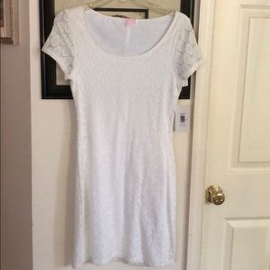 White lace dress. Isaac Mizrahi